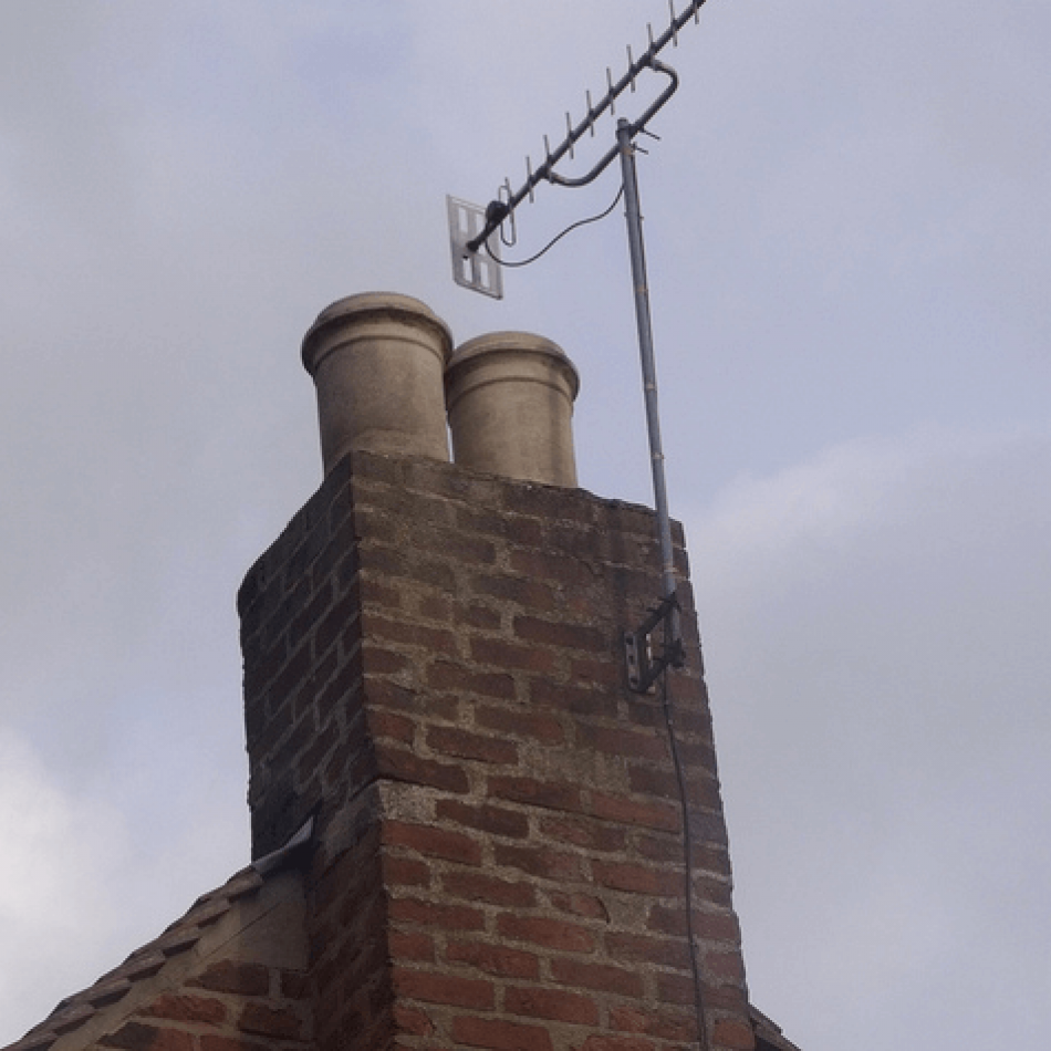 outdoor-aerial-on-chimney