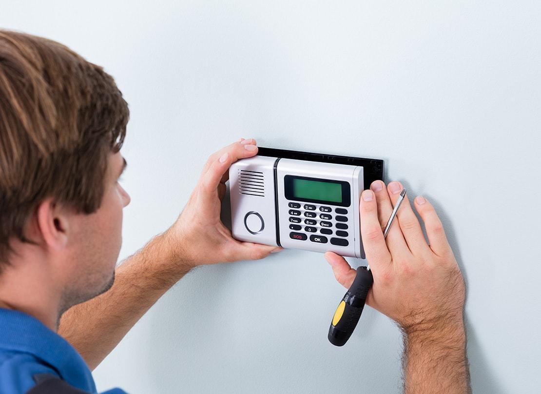 door-access-security-installation-services-min