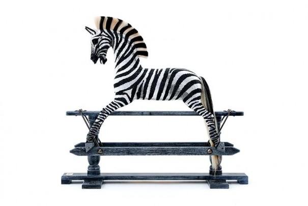 zebra-10-min