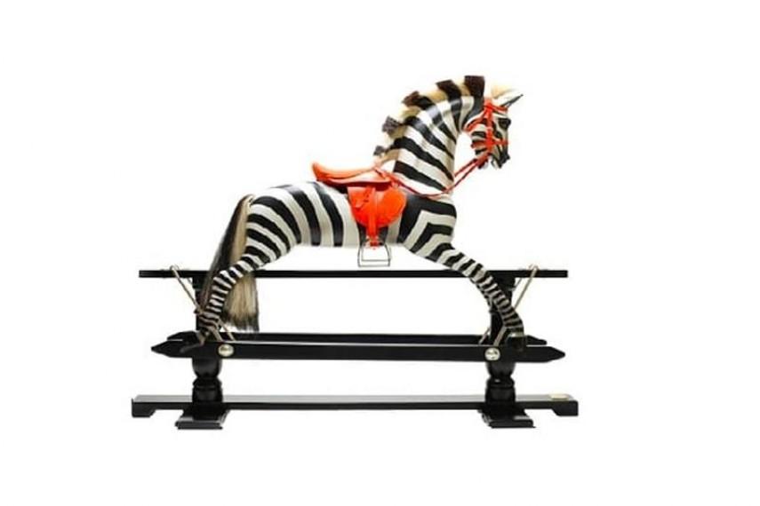 amanda-wakeley-horse-min