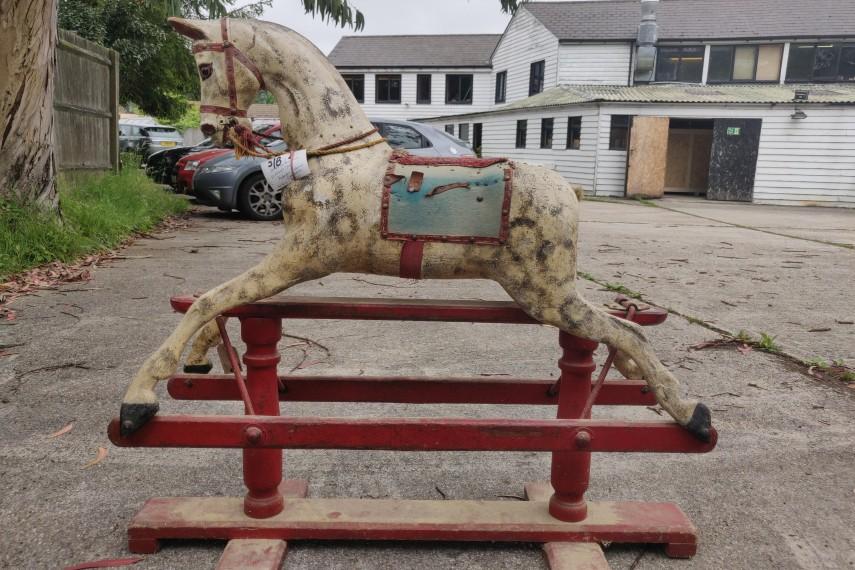 Antique-Smith-Horse-02