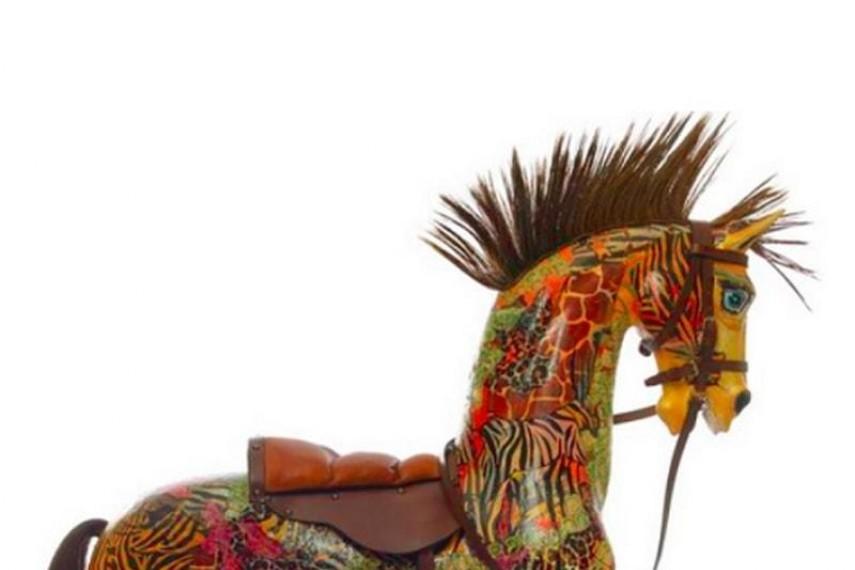 maureen-lipman-horse-2-min