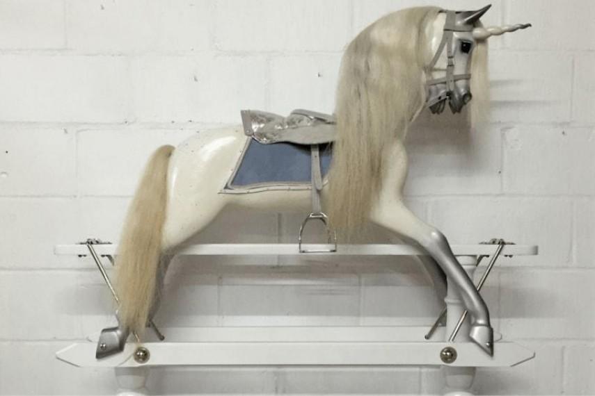 unicorn-08-min