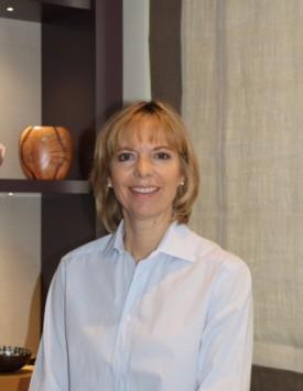 julia-yates