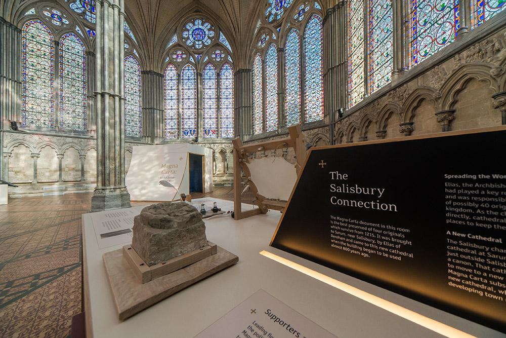 salisbury-cathedral-magna-carta-exhibition-25thfeb-ash-mills-13thfeb2015