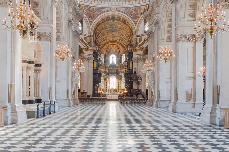 the-nave-of-st-paul-s-without-chairs